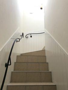 お洒落なアパート内階段
